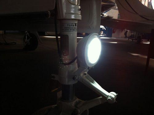 Atlas-Landing-Light-Cessna402C-04