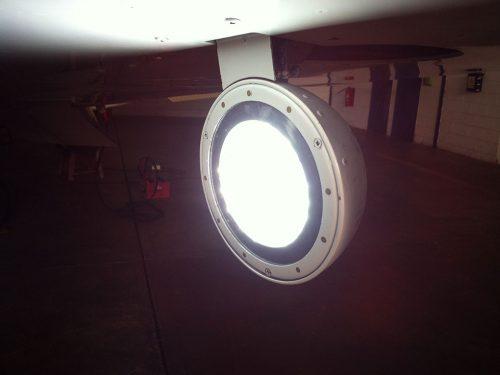 Hercules-Landing-Light-Cessna402C-03